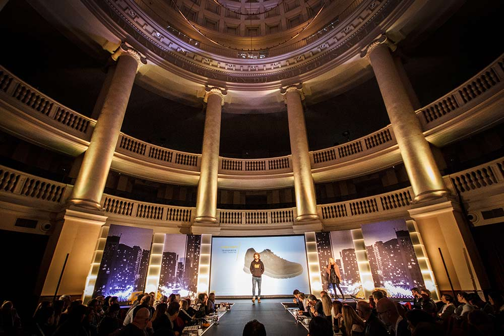 LUX Technical, Wolverine World, Amsterdam, Kopelkerk, Church Venue, Grand Entrance, Tunnel Entrance, Guest WOW, Uplighter, Exhibition, Conference Production, Catwalk, Lighting, Projection